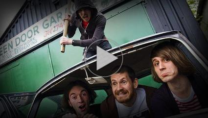 Video: Pulled Apart By Horses: s/t